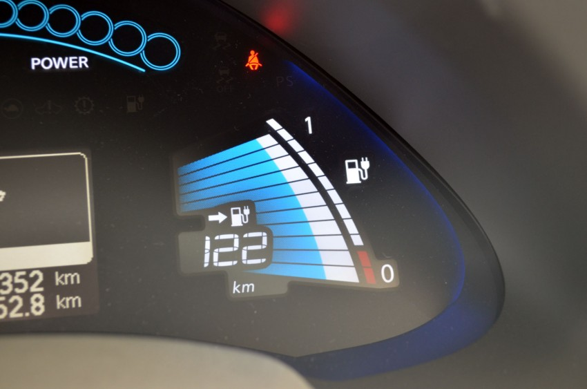 Nissan Leaf driven around the block – you can try it too! Image #104576