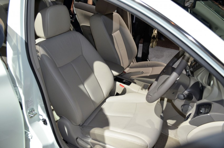 Nissan Sylphy launched in Thailand – new model gets improved 1.6, new 1.8, CVT; from 746,000 baht Image #127949