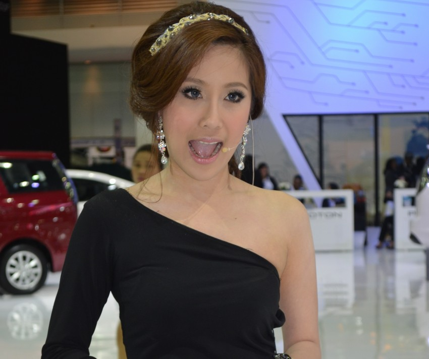 2012 Thai Motor Expo – the ladies wrap it up Image #144540