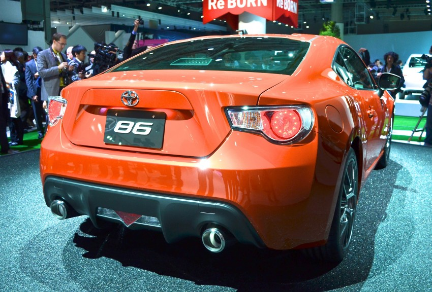 Tokyo 2011 Live: Toyota GT 86 Coupe unveiled! Image #78327
