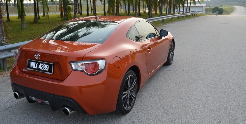 DRIVEN: Toyota 86 – a true gem under the veneer Image #115629