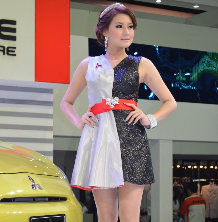 2012 Thai Motor Expo – the ladies wrap it up Image #144576