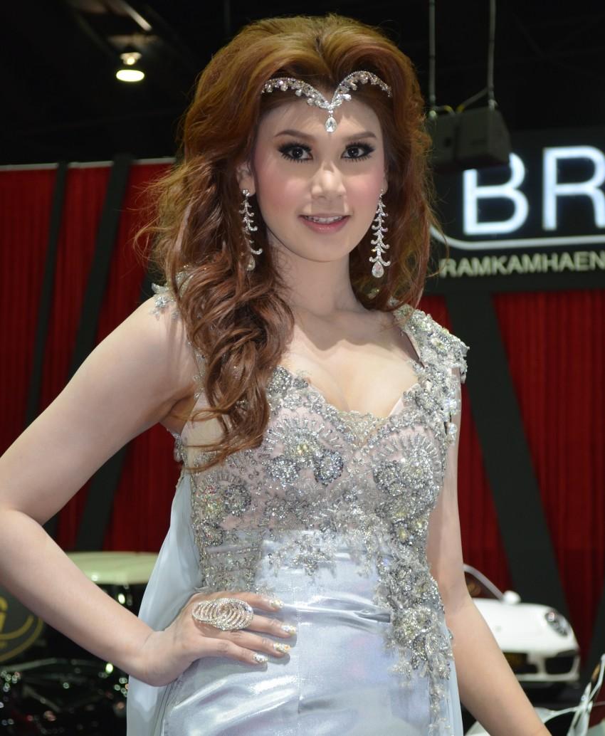 2012 Thai Motor Expo – the ladies wrap it up Image #144561