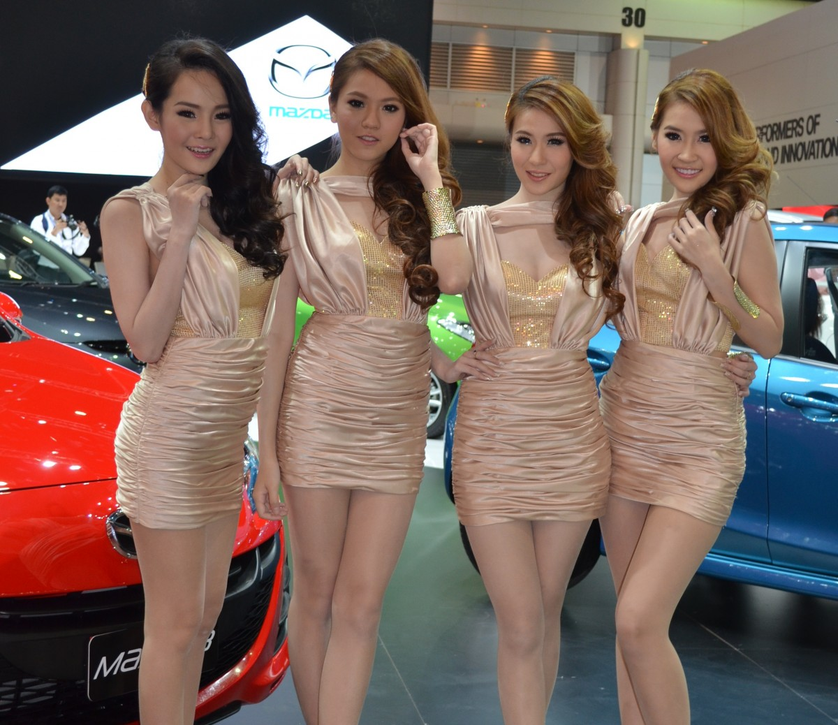 Фото тайландок девушек 14 фотография