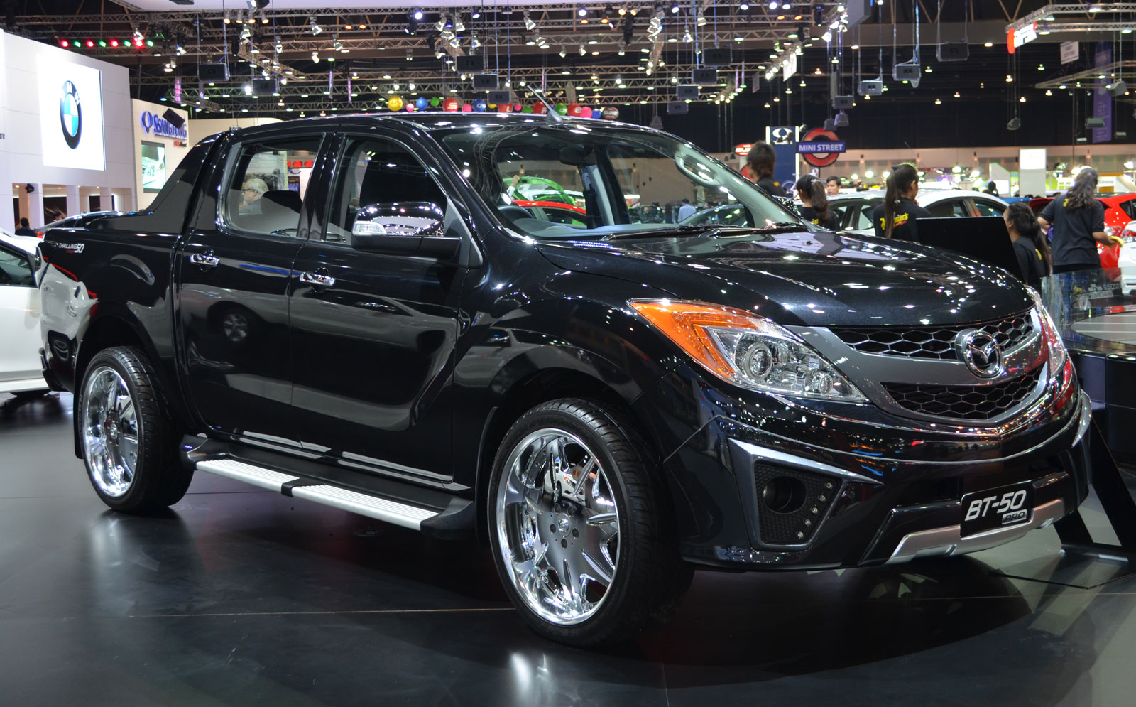 Thai Motor Expo Mazda Bt 50 Thrilling With The Bling