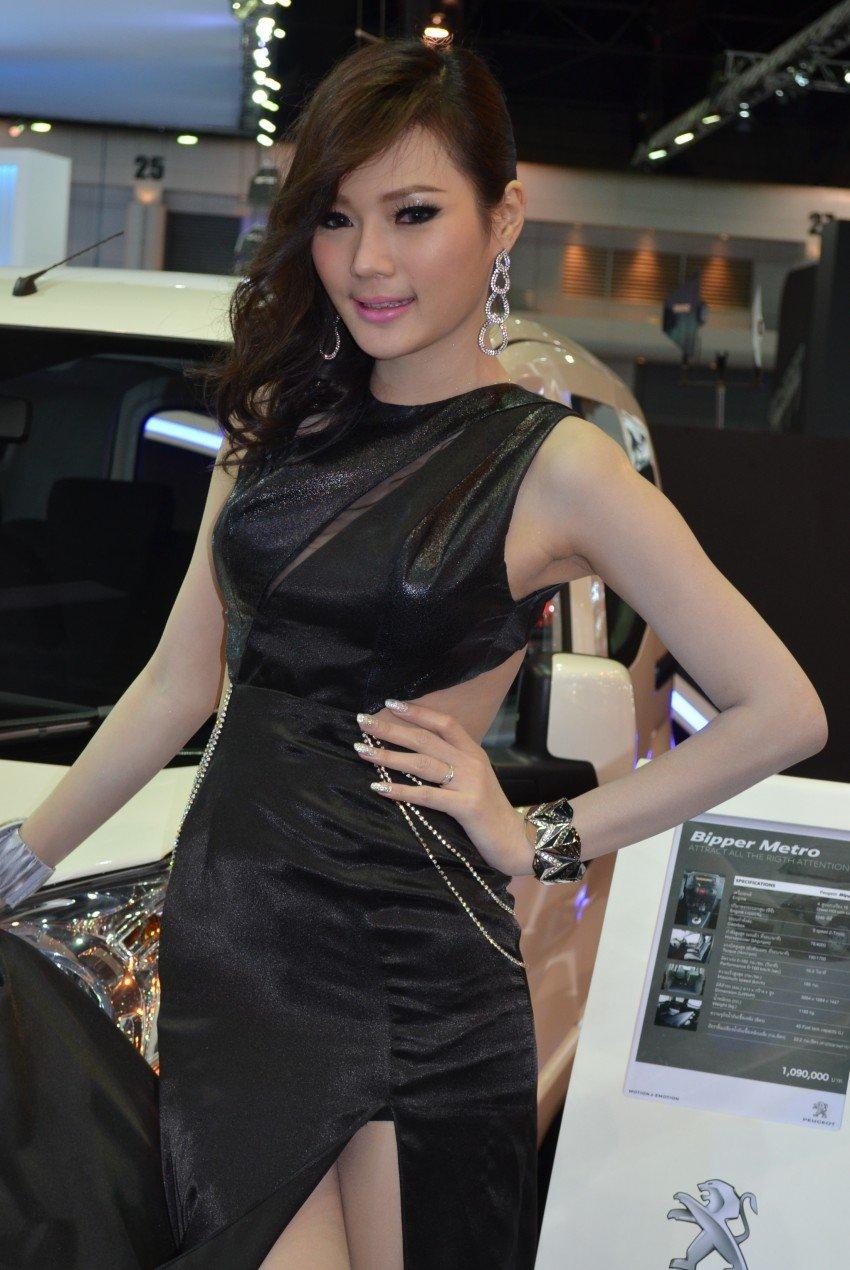 2012 Thai Motor Expo – the ladies wrap it up Image #144616