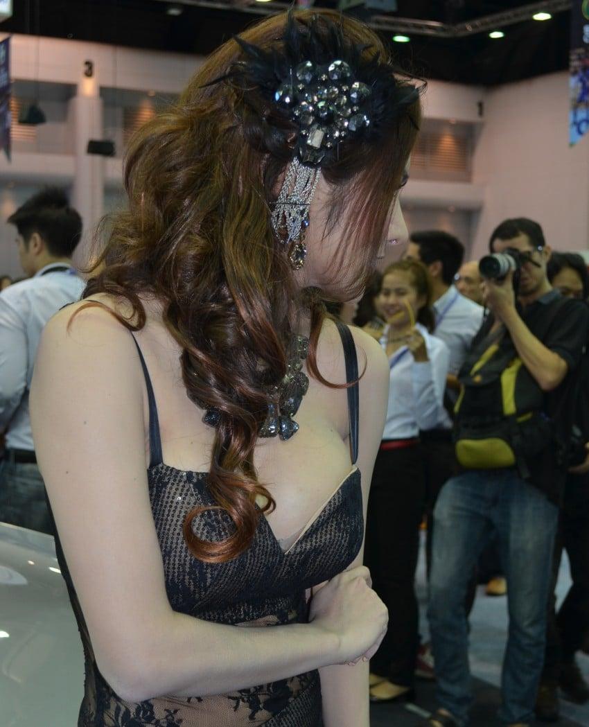 2012 Thai Motor Expo – the ladies wrap it up Image #144589
