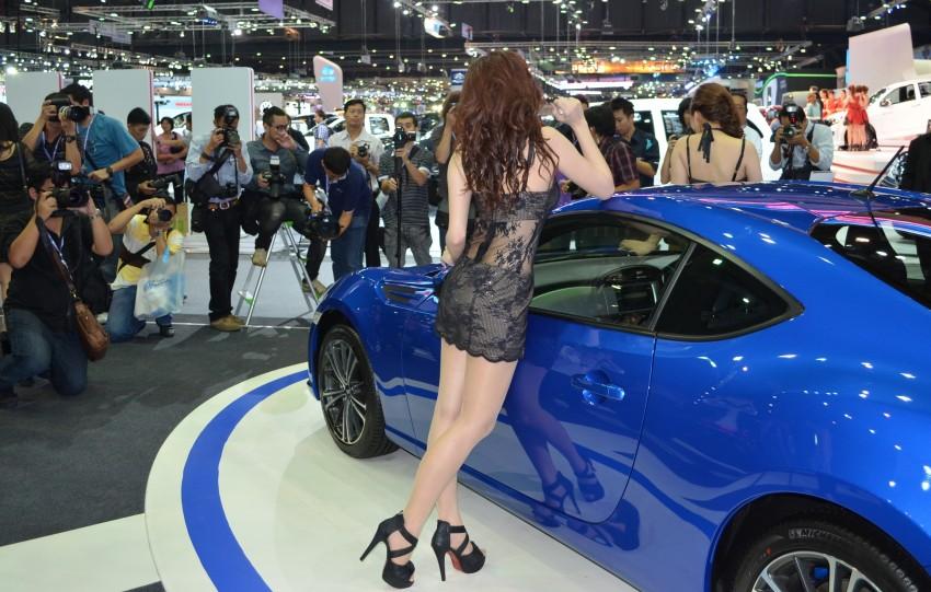 2012 Thai Motor Expo – the ladies wrap it up Image #144568
