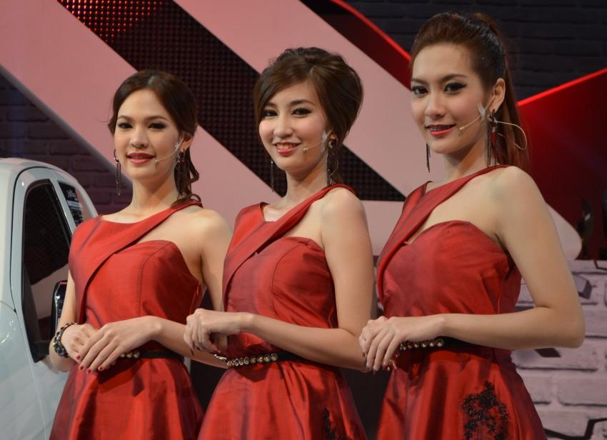 2012 Thai Motor Expo – the ladies wrap it up Image #144612