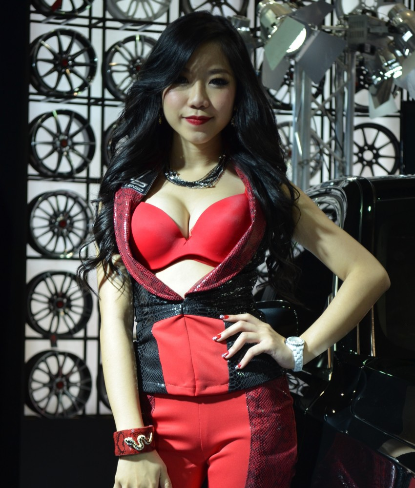 2012 Thai Motor Expo – the ladies wrap it up Image #144578