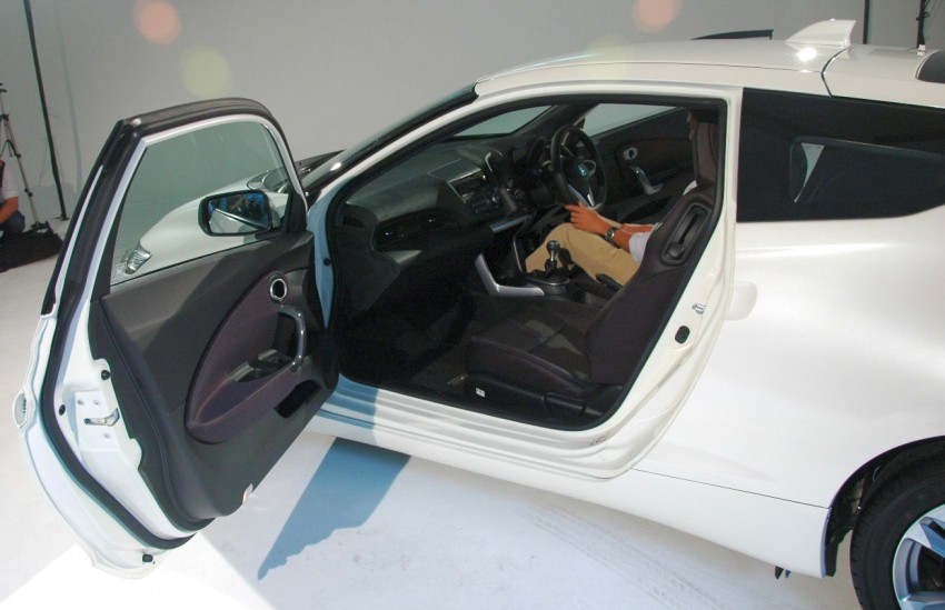 Honda CR-Z launched – RM115k OTR with insurance Image #75489