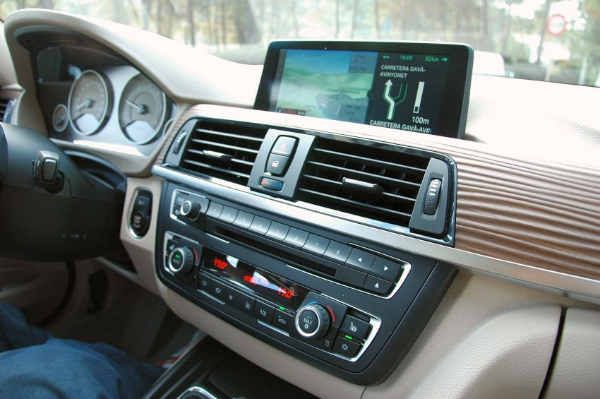 DRIVEN: BMW F30 3 Series – 320d diesel and new four-cylinder turbo 328i sampled in Spain! Image #85313