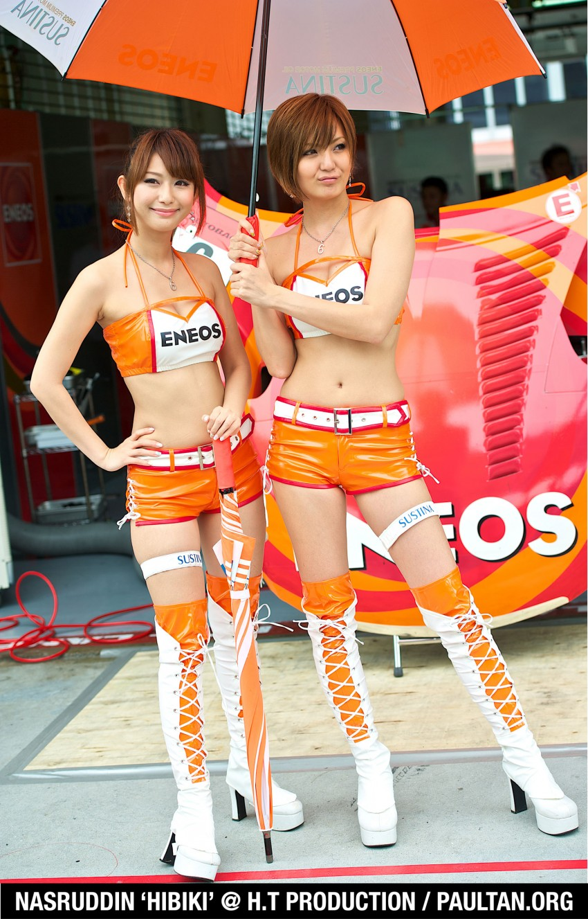 Super GT 2012 Rd 3: Of booth babes and race queens Image #112175