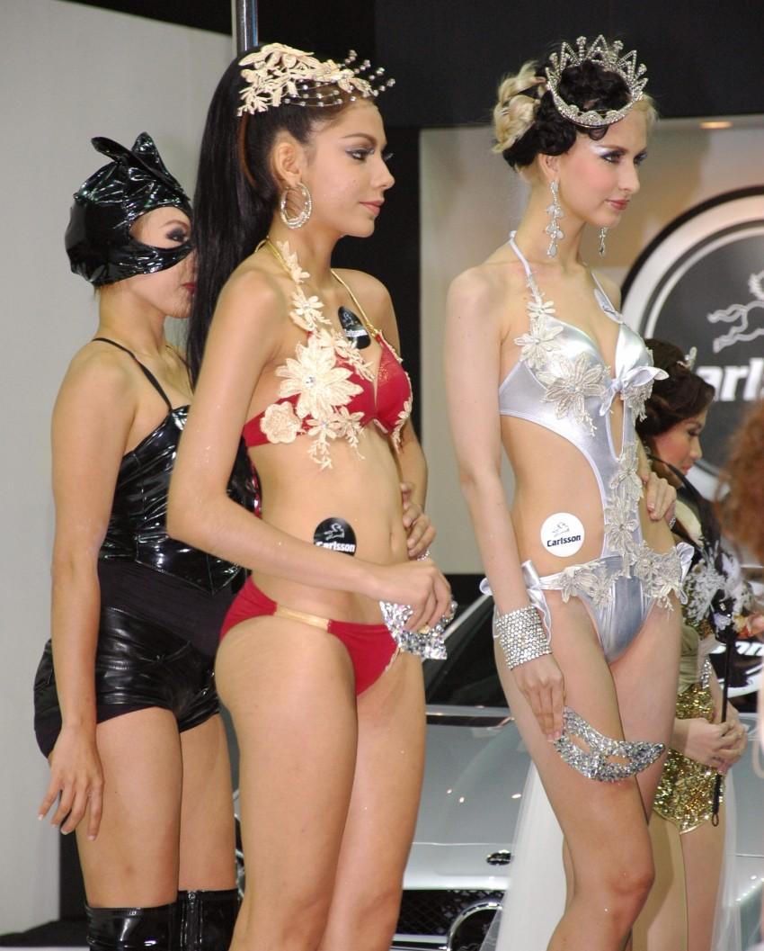 Bangkok Motor Show 2012 – the ladies say hello! Image #96522