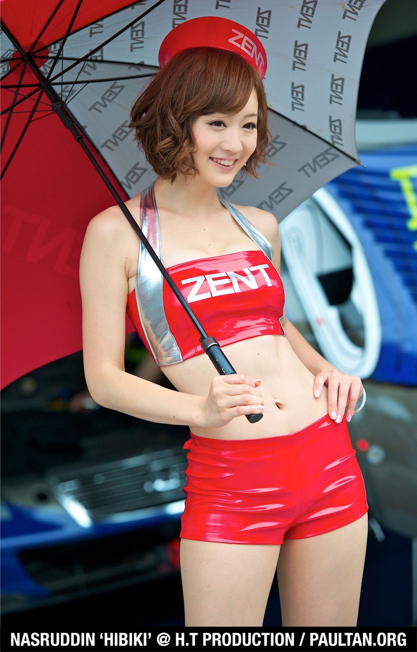 Super GT 2012 Rd 3: Of booth babes and race queens Image #112181