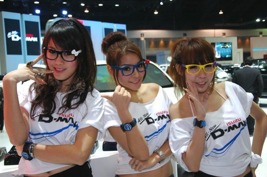 Bangkok Motor Show 2012 – the ladies say hello! Image #96502