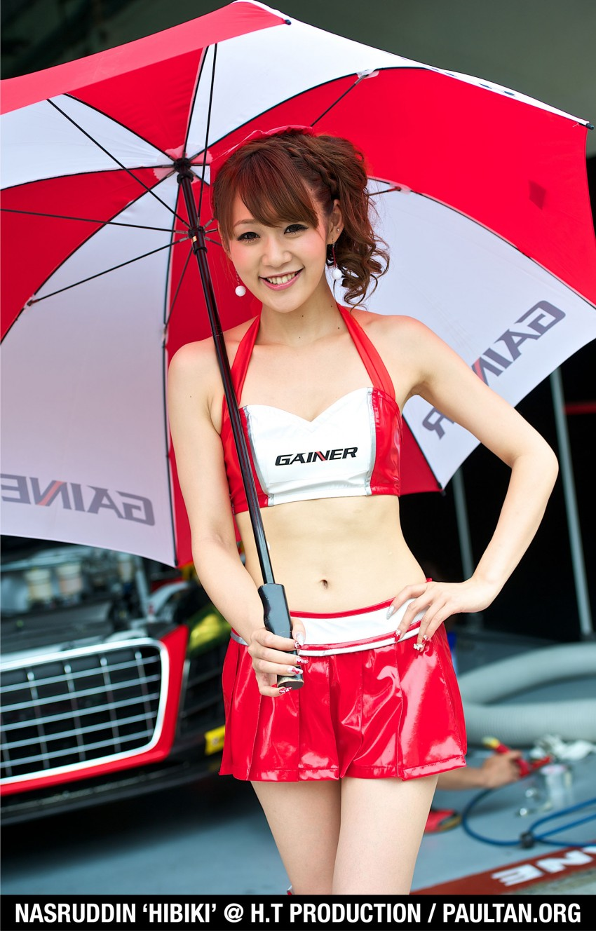 Super GT 2012 Rd 3: Of booth babes and race queens Image #112188