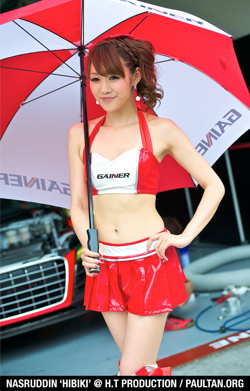 Super GT 2012 Rd 3: Of booth babes and race queens Image #112189