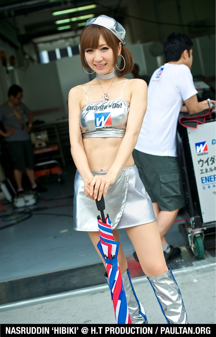 Super GT 2012 Rd 3: Of booth babes and race queens Image #112197