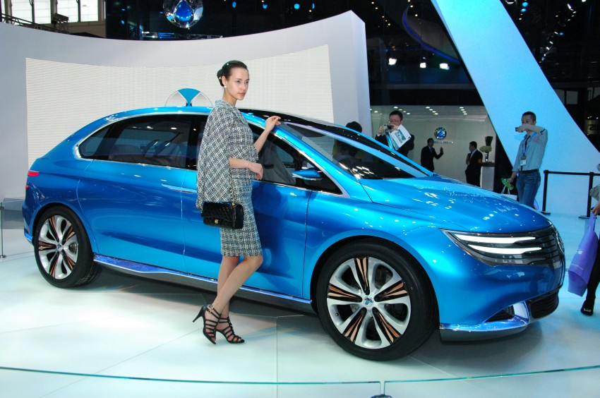 First Denza electric vehicle surfaces at Auto China 2012 Image #103019