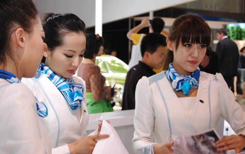 Auto China 2012: the ladies of Beijing share the spotlight Image #104511