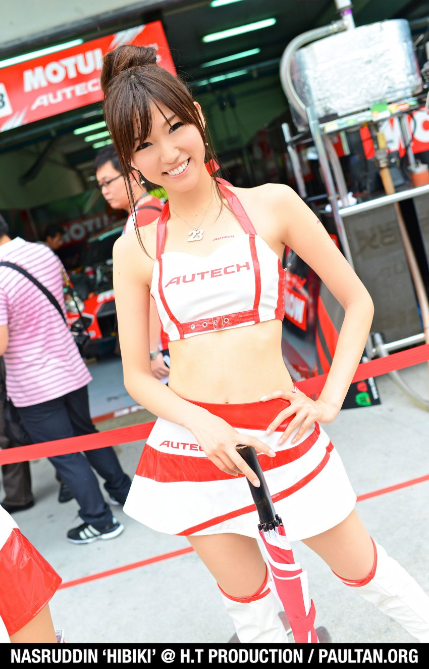 Super GT 2012 Rd 3: Of booth babes and race queens Image #112204