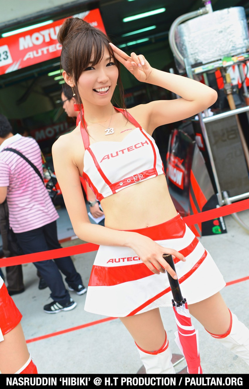 Super GT 2012 Rd 3: Of booth babes and race queens Image #112206