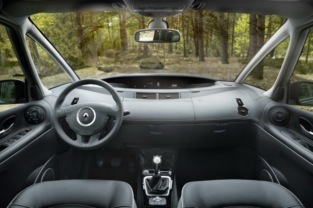 renault espace top gear. Coupled To A Six-speed Manual Gearbox, The 130 Hp, 150 Hp And 175 Versions Of 2.0 DCi M9R Engine Now Emit Just G CO2 Per Km, Renault Espace Top Gear