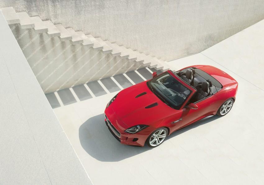 Jaguar F-Type debuts at Paris 2012: V6, V6 S and V8 S Image #133673