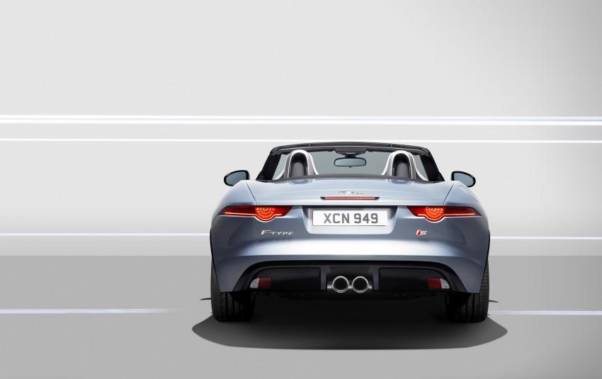 Jaguar F-Type debuts at Paris 2012: V6, V6 S and V8 S Image #133657