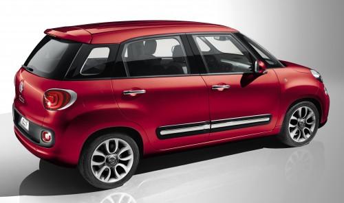 Fiat 500L: 5-door Fiat 500 to make Geneva 2012 debut