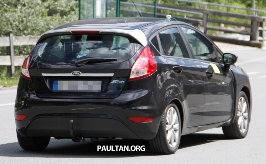 2013 Ford Fiesta facelift spyshots – hatchback model's new tail lamp design exposed Image #114674