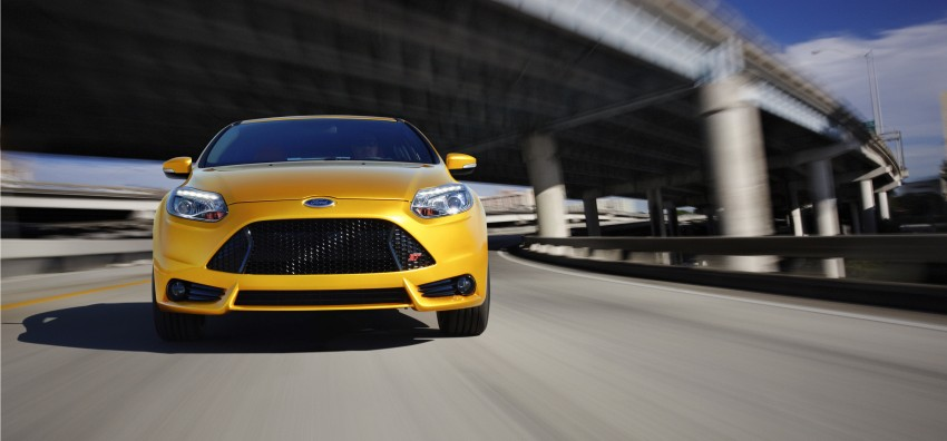 Ford Focus ST debuts, in five-door and estate forms Image #131043