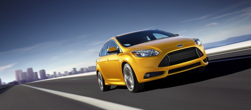 Ford Focus ST debuts, in five-door and estate forms Image #131044
