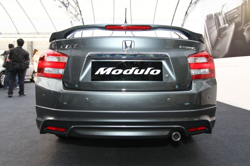 Honda City facelift launched, now with 5-year warranty Image #113673