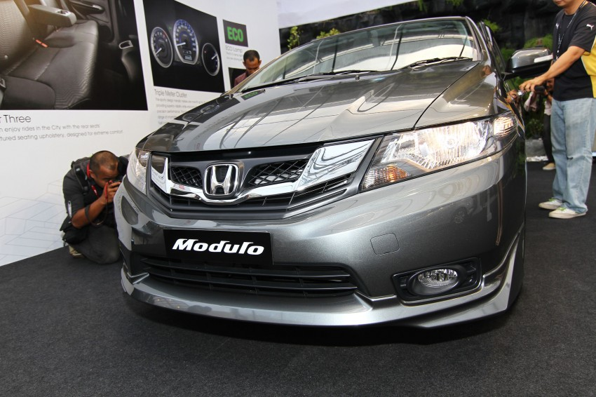 Honda City facelift launched, now with 5-year warranty Image #113680