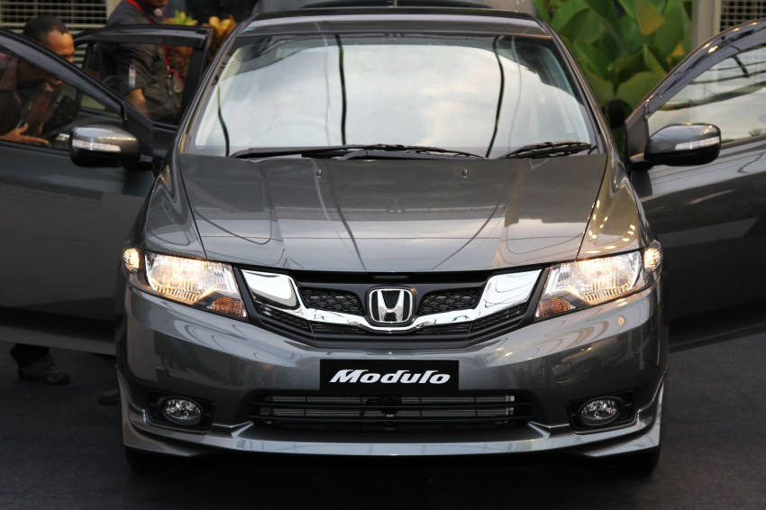 Honda City facelift launched, now with 5-year warranty Image #113698