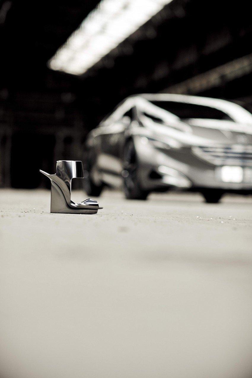 Peugeot HX1 Concept MPV to debut at Frankfurt 2011 Image #66101