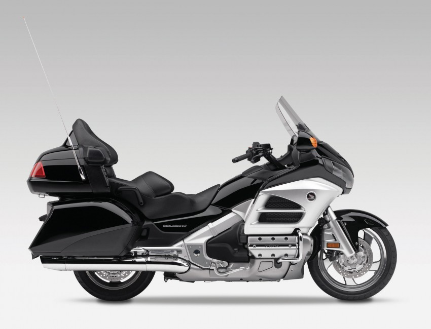 Honda Gold Wing launching May 31, RM174,900 Image #109374