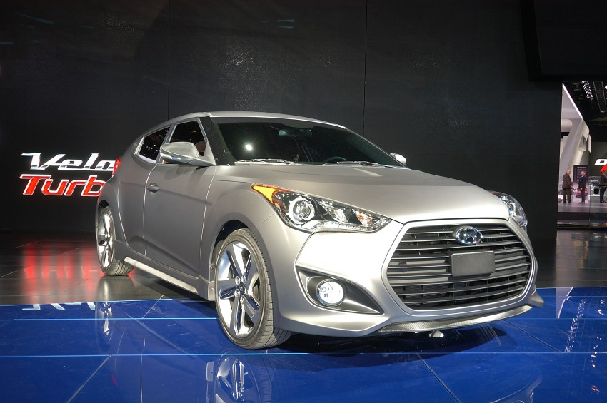 Hyundai Veloster Turbo sports it up with 201hp and 264Nm Image #83469