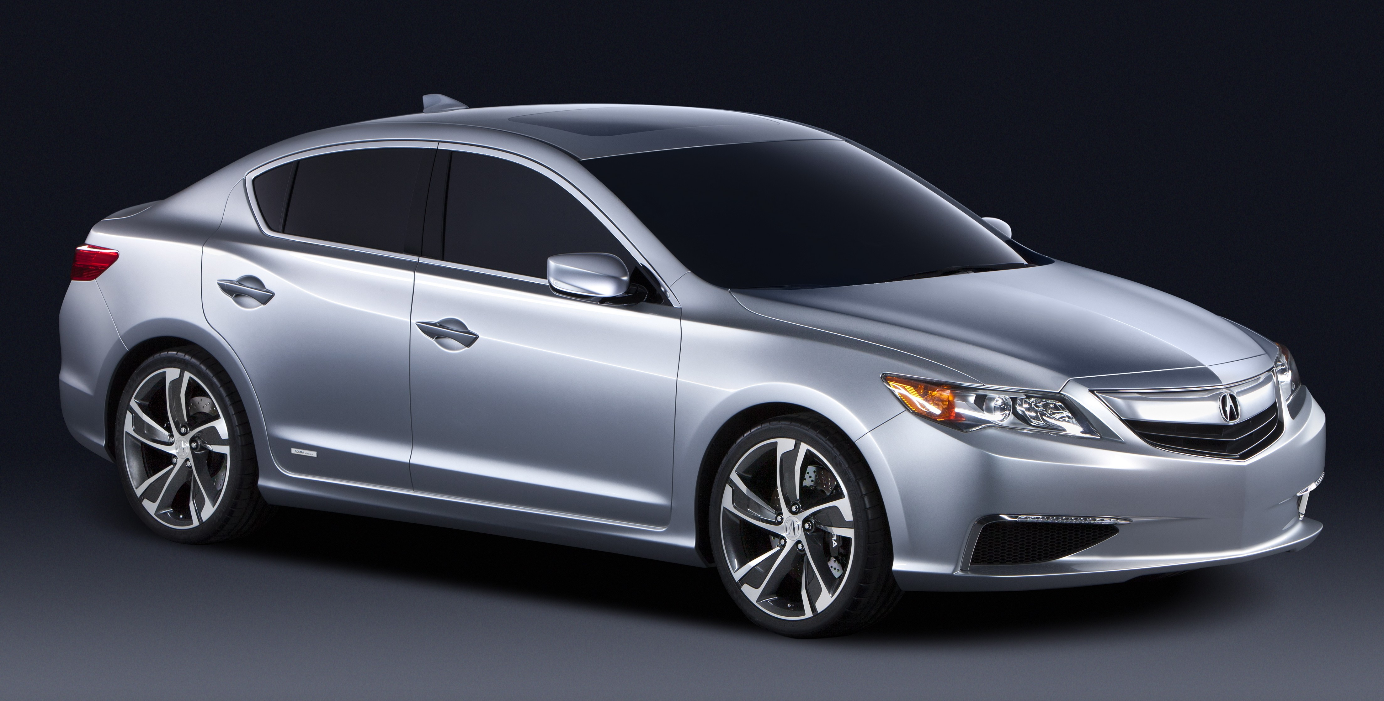 Acura Ilx Concept Previews A New Entry Level Saloon Paul