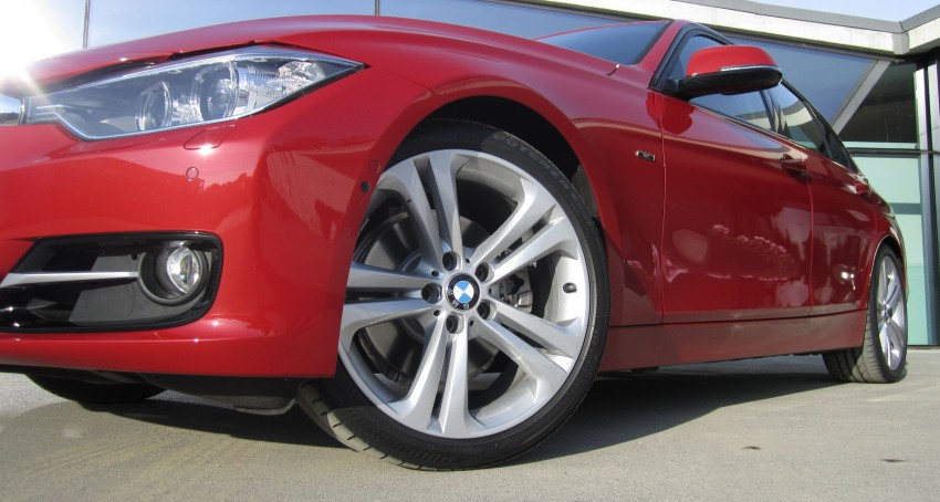 DRIVEN: BMW F30 3 Series – 320d diesel and new four-cylinder turbo 328i sampled in Spain! Image #85204