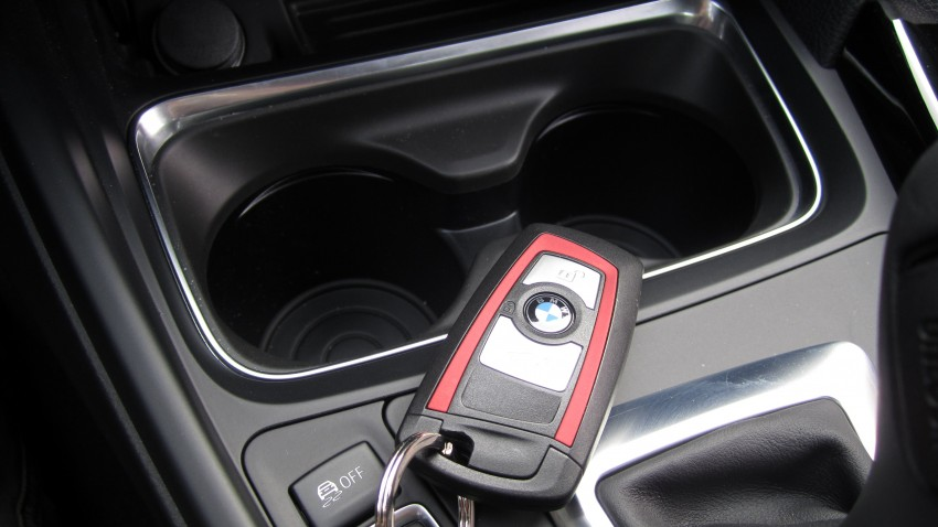 DRIVEN: BMW F30 3 Series – 320d diesel and new four-cylinder turbo 328i sampled in Spain! Image #85233