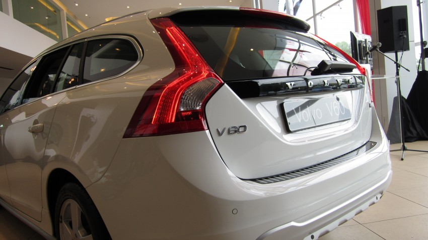 Volvo V60 launched – RM230k for T4, RM269k for T5, CKD Image #83809