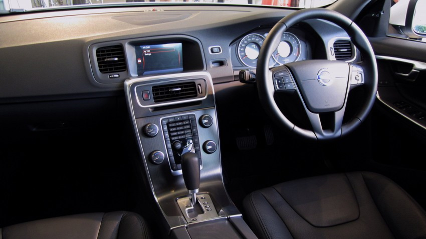 Volvo V60 launched – RM230k for T4, RM269k for T5, CKD Image #83818
