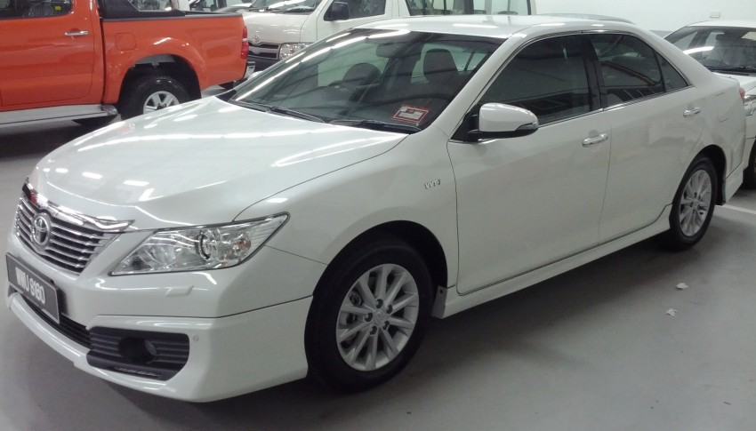 Toyota Camry XV50 snapped with aerokit at showrooms Image #109518