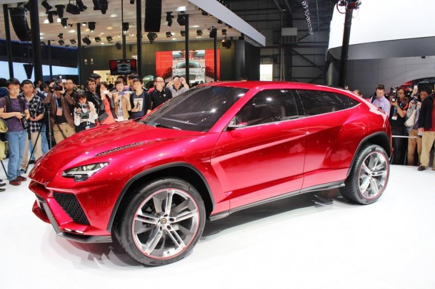 Lambo Urus concept SUV makes world debut in Beijing Image #102459