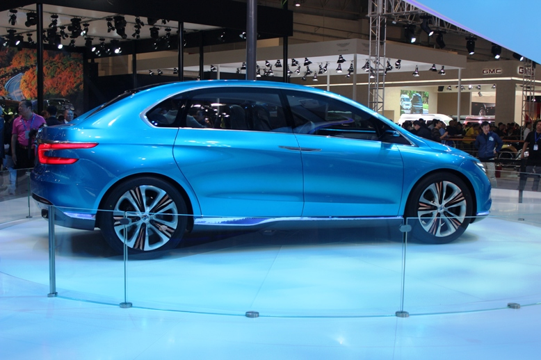 First Denza electric vehicle surfaces at Auto China 2012 Image #102880
