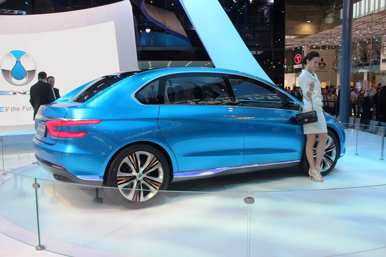 First Denza electric vehicle surfaces at Auto China 2012 Image #102881