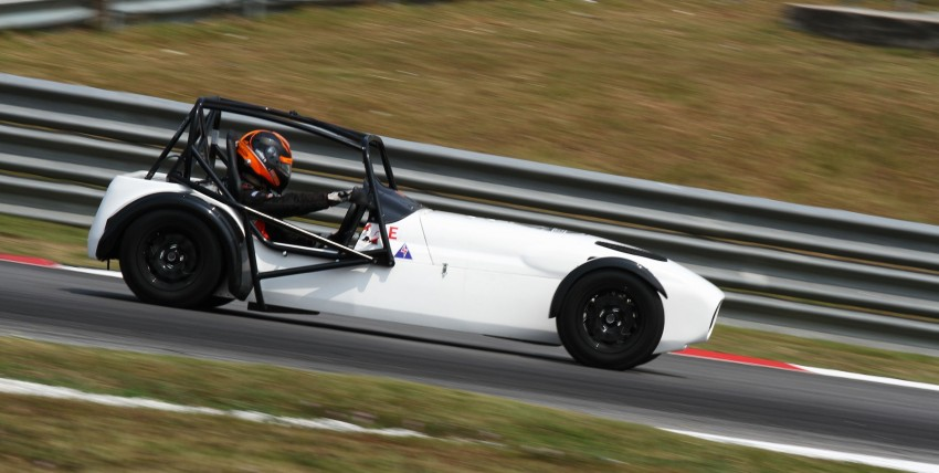 Westfield fields two cars at Sepang: we try them! Image #114807